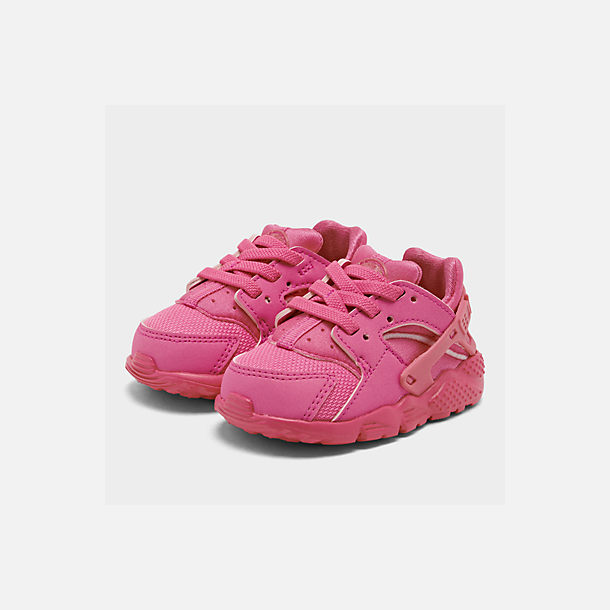 Three Quarter view of Girls' Toddler Nike Huarache Run Casual Shoes in Laser Fuchsia/Laser Fuchsia Femme