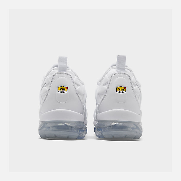 Left view of Men's Nike Air VaporMax Plus Running Shoes in White/Pure Platinum