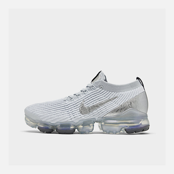 Right view of Women's Nike Air VaporMax Flyknit 3 Running Shoes in White/Metallic Silver/Pure Platinum
