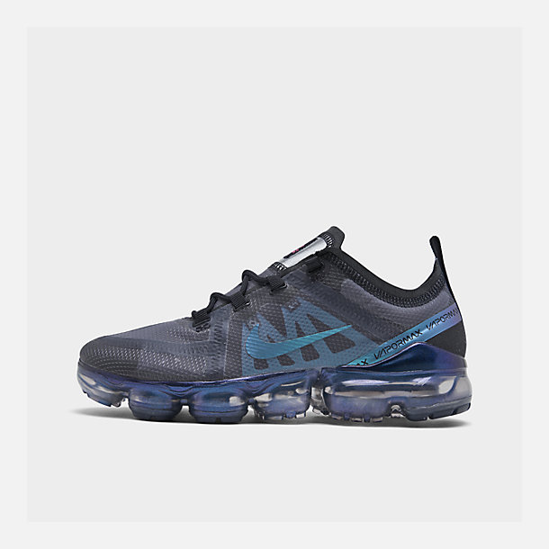 Right view of Women's Nike Air VaporMax 2019 Running Shoes in Black/Laser Fuchsia/Anthracite