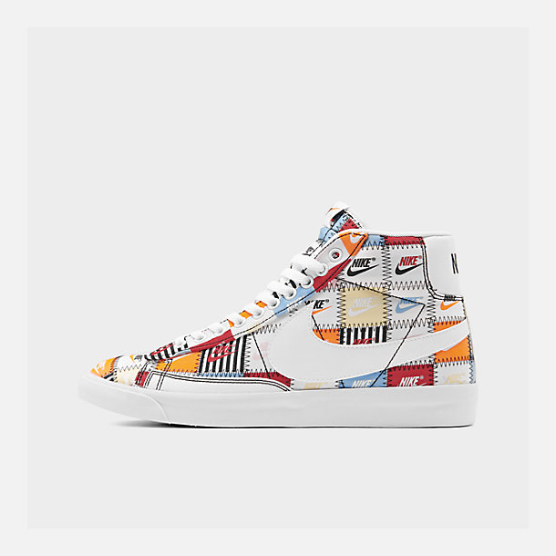 Right view of Men's Nike Blazer Mid Patchwork Casual Shoes in White/White/Multi-Color/Black