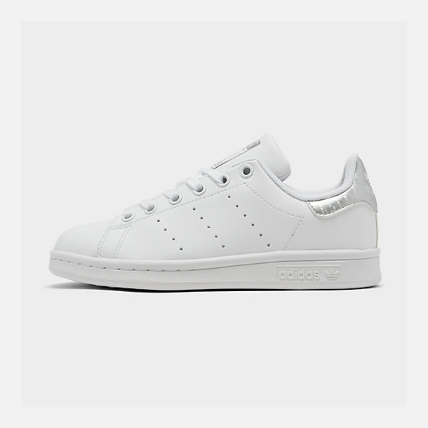 reputable site 072c0 1f640 Big Kids' adidas Originals Stan Smith Casual Shoes