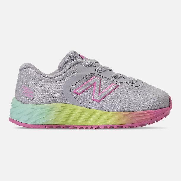 Right view of Girls' Toddler New Balance Fresh Foam Arishi V2 Hook-and-Loop Running Shoes in Light Aluminum/Rainbow